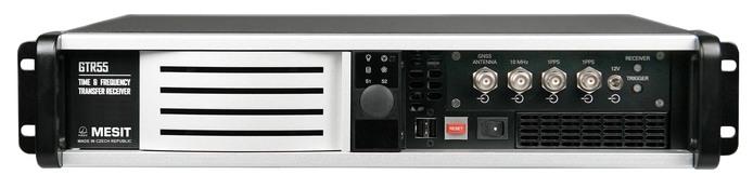GTR55 – Přijímač GNSS pro transfer času a frekvence