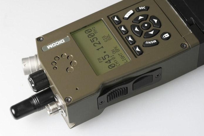 RF40 – stanice plná waveformů