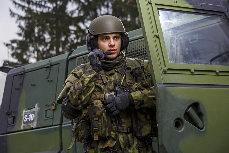 MESIT - Náhlavní soupravy M10, M10A